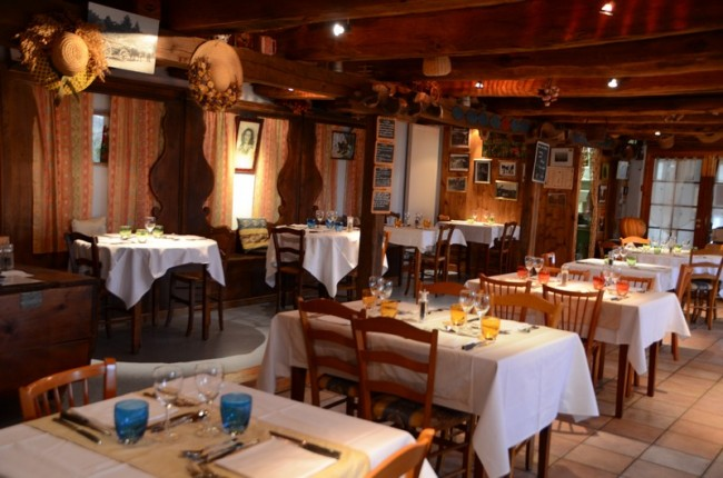 Restaurant La Grange aux Fleurs à Sarran dans le cantal